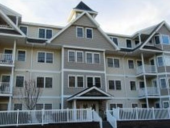 1 Sterling Hill Ln APT 114, Exeter, NH 03833