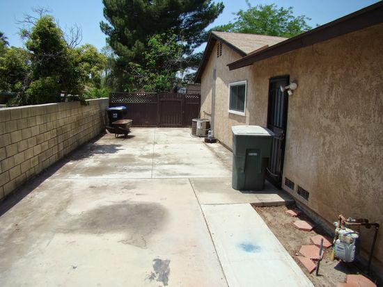 4522 Lakewood Dr, San Bernardino, CA 92407