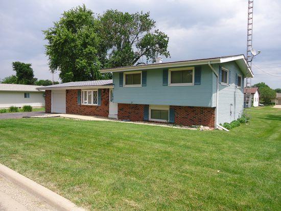 105 S Elm St, Granville, IL 61326