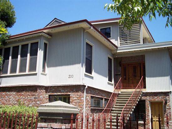 118 Pierce St, Santa Rosa, CA 95404