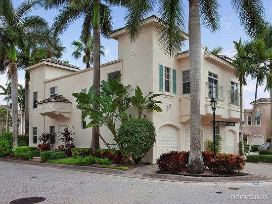 702 Resort Ln, Palm Beach Gardens, FL 33418