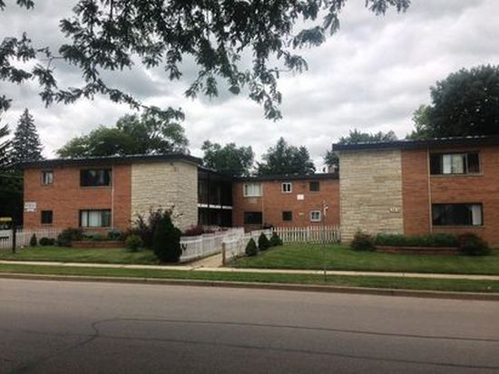 346 Wilson Ave APT A, West Chicago, IL 60185