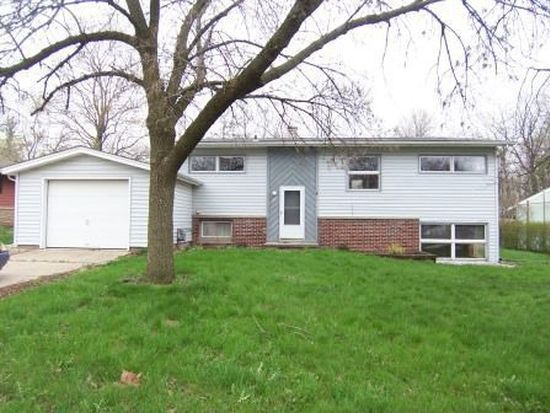 1912 Indian Trail Dr, West Lafayette, IN 47906