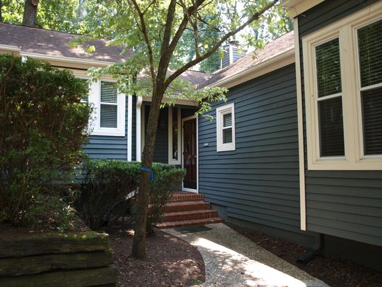 5729 Sentinel Dr, Raleigh, NC 27609