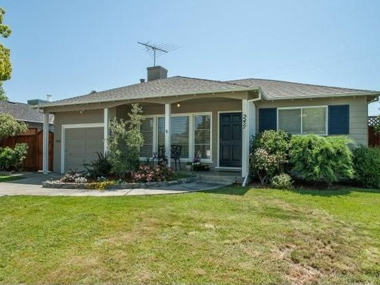 2411 Palm Ave, Redwood City, CA 94061