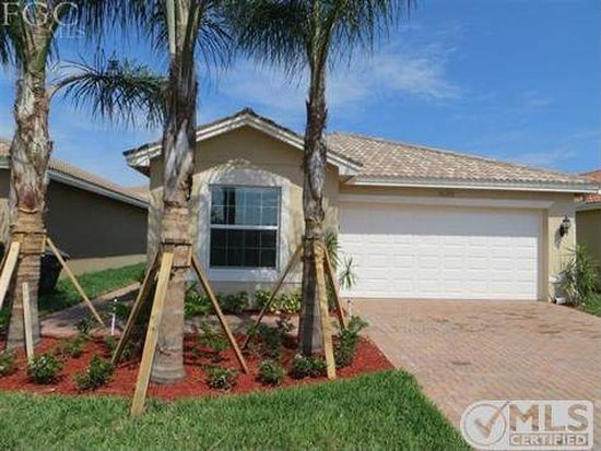 10289 Barberry Ln, Fort Myers, FL 33913