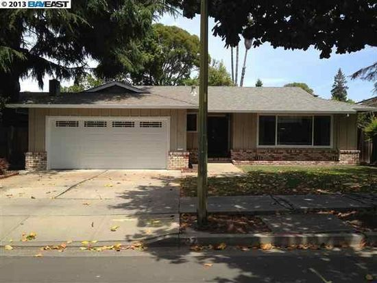 537 Cypress St, Redwood City, CA 94061