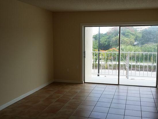 7765 SW 86th St # F2-311, Miami, FL 33143