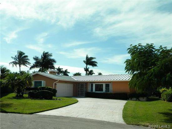 1640 Bonita Ct, Naples, FL 34102