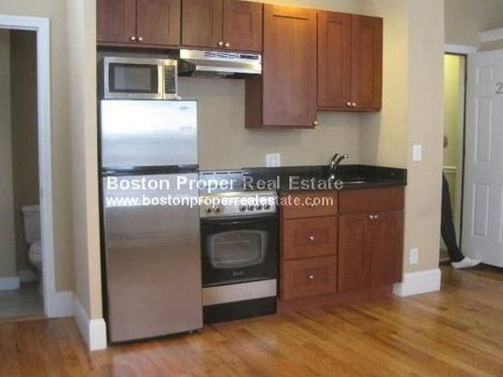 24 Joy St APT 6, Boston, MA 02114