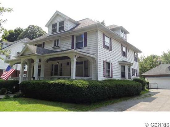 37 Park View St, Rochester, NY 14613