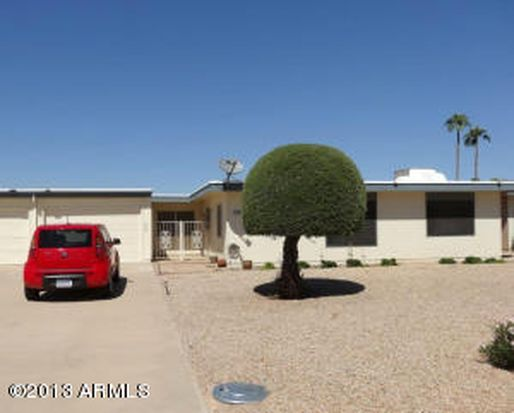 9738 W Royal Ridge Dr, Sun City, AZ 85351