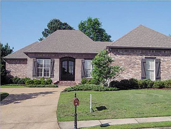 154 Woodlands Glen Cir, Brandon, MS 39047