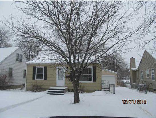 2722 Dalewood Ave SE, Cedar Rapids, IA 52403