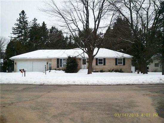 320 Edgewood Pl, Wisconsin Rapids, WI 54495