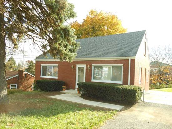 1510 Lynfield Ave, Moon Township, PA 15108