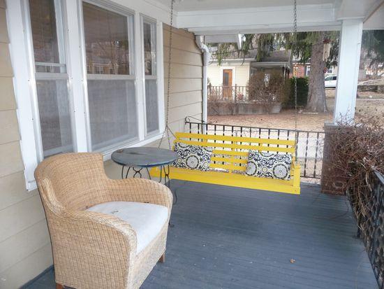 5104 Belinder Rd, Westwood, KS 66205
