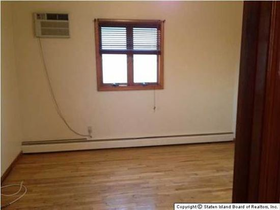 65 Lincoln St, Staten Island, NY 10314