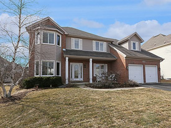 3508 Rollingridge Rd, Naperville, IL 60564