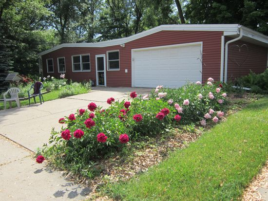 1634 Birch St, Green Bay, WI 54304