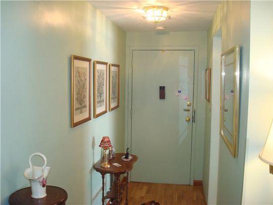 114 Harrogate Sq APT G, Amherst, NY 14221