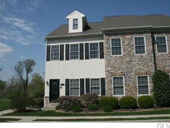1785 Chateau Pl, Easton, PA 18045