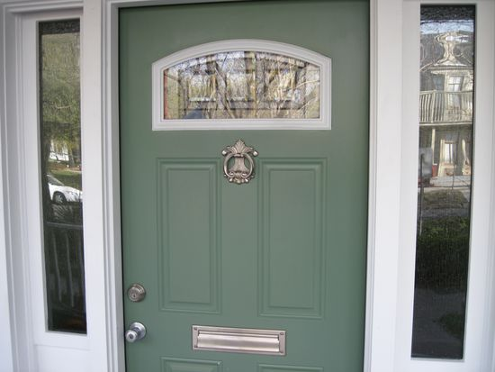 529 E Henry St, Savannah, GA 31401