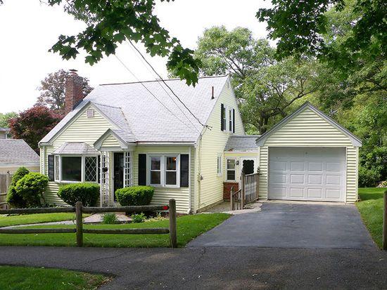 6 Oak Ridge Rd, Lynn, MA 01904