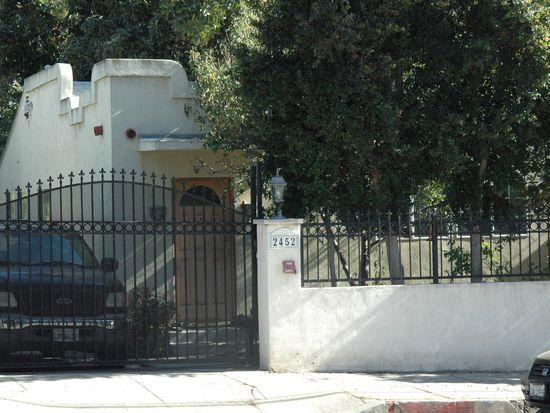 2452 N Beachwood Dr, Los Angeles, CA 90068
