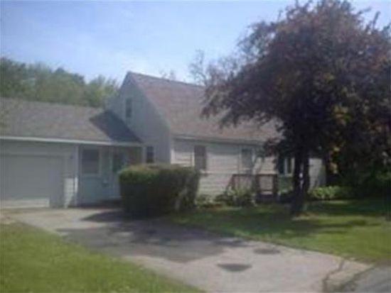 48 Greendale St, Methuen, MA 01844