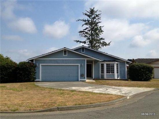 100 Colonial Ct, Crescent City, CA 95531