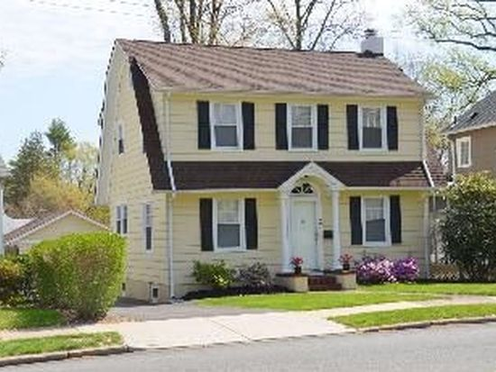 489 Kinderkamack Rd, Westwood, NJ 07675