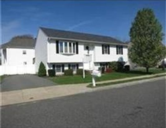 5 Cindy Ln, New Bedford, MA 02740