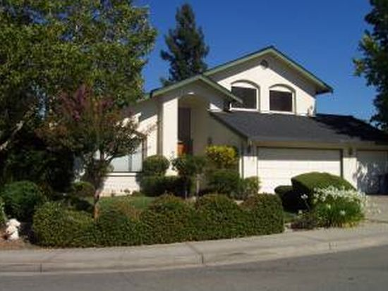 1240 Crown Ct, Walnut Creek, CA 94597