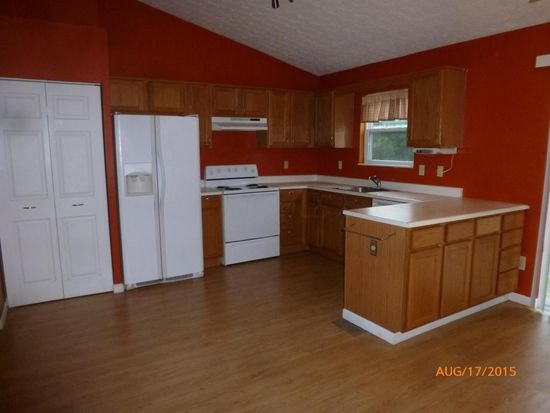 6867 Winchester Lakes Blvd, Canal Winchester, OH 43110