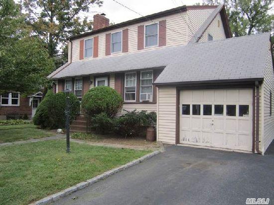 27 N Bayles Ave, Port Washington, NY 11050