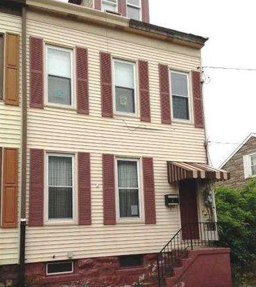 12 Heckelman St, Pittsburgh, PA 15212