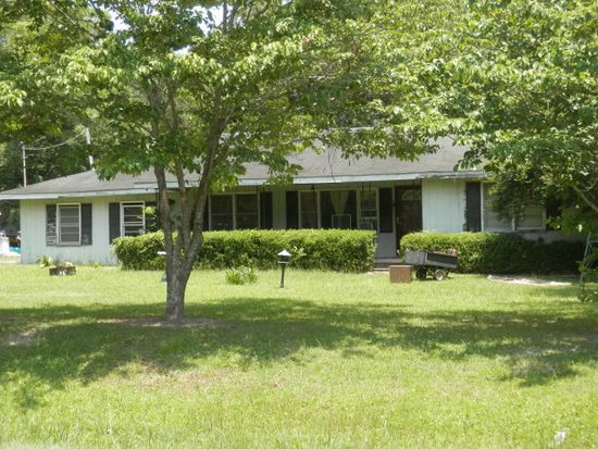 1825 Overlook Dr, Moultrie, GA 31768