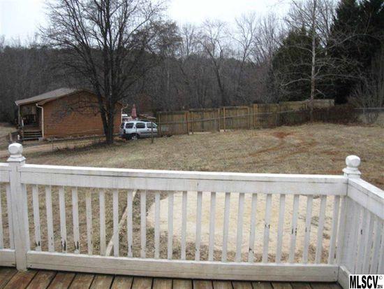 2206 Rolling Hills Ct, Lenoir, NC 28645