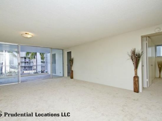 1130 Wilder Ave APT 201, Honolulu, HI 96822