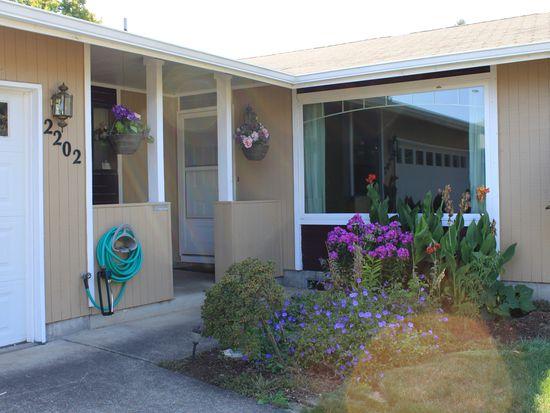 2202 Amirante St, Eugene, OR 97402