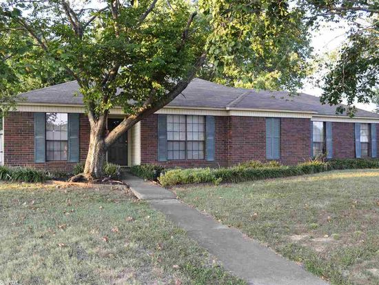 300 Wesley Way, Bryant, AR 72022