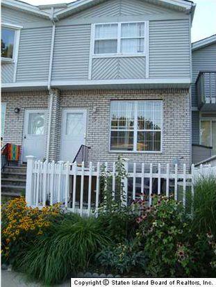 5 Seacrest Ln, Staten Island, NY 10307