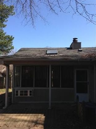 1351 Stonewall St, Memphis, TN 38108