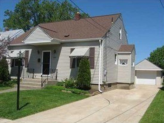1922 W 33rd St, Erie, PA 16508