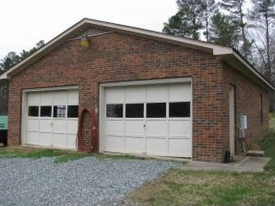 817 Ivey Rd, Graham, NC 27253