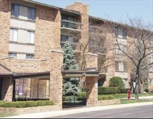 77 Lake Hinsdale Dr APT 203, Willowbrook, IL 60527