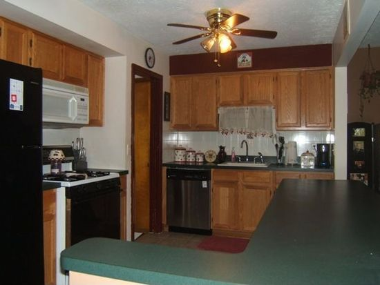 6495 W 29th St, Parma, OH 44134