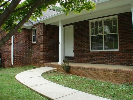 1130 Well Spring Dr, Charlotte, NC 28262