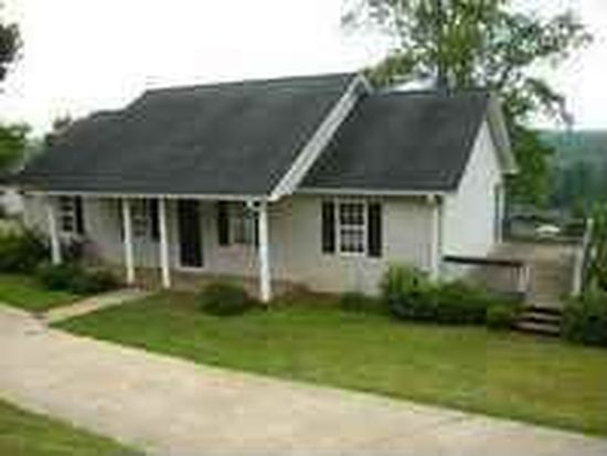 209 Hickory Dr, Pickens, SC 29671